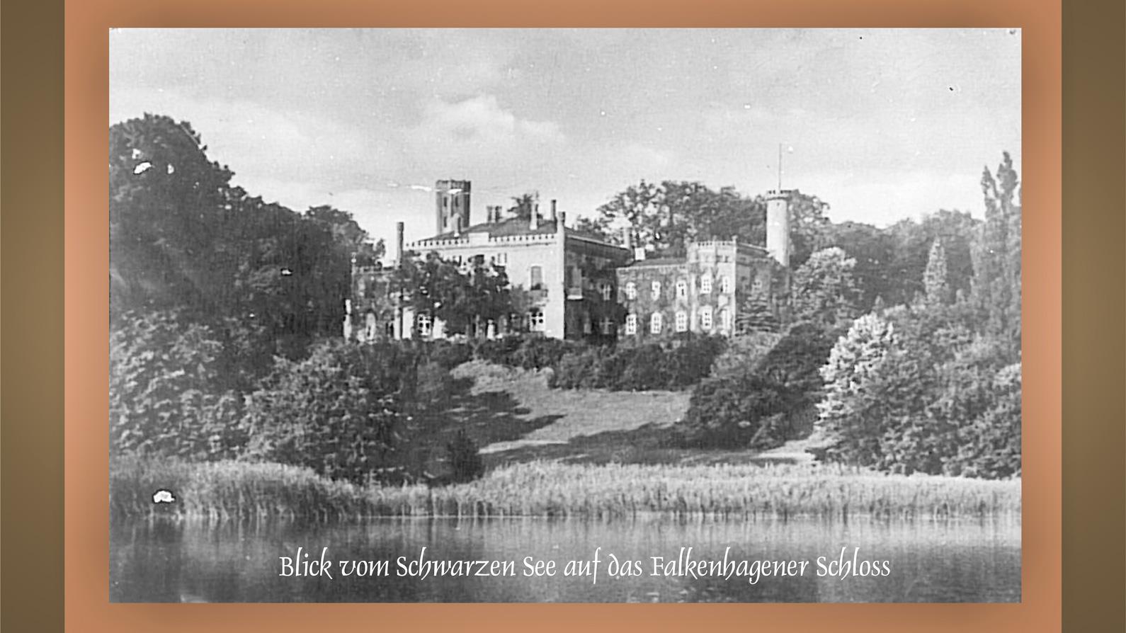 Schloss-Falkenhagen-vom-Schwarzen-See-aus-1